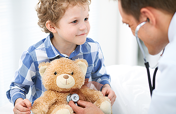 doctor-and-child-patient-phys-1